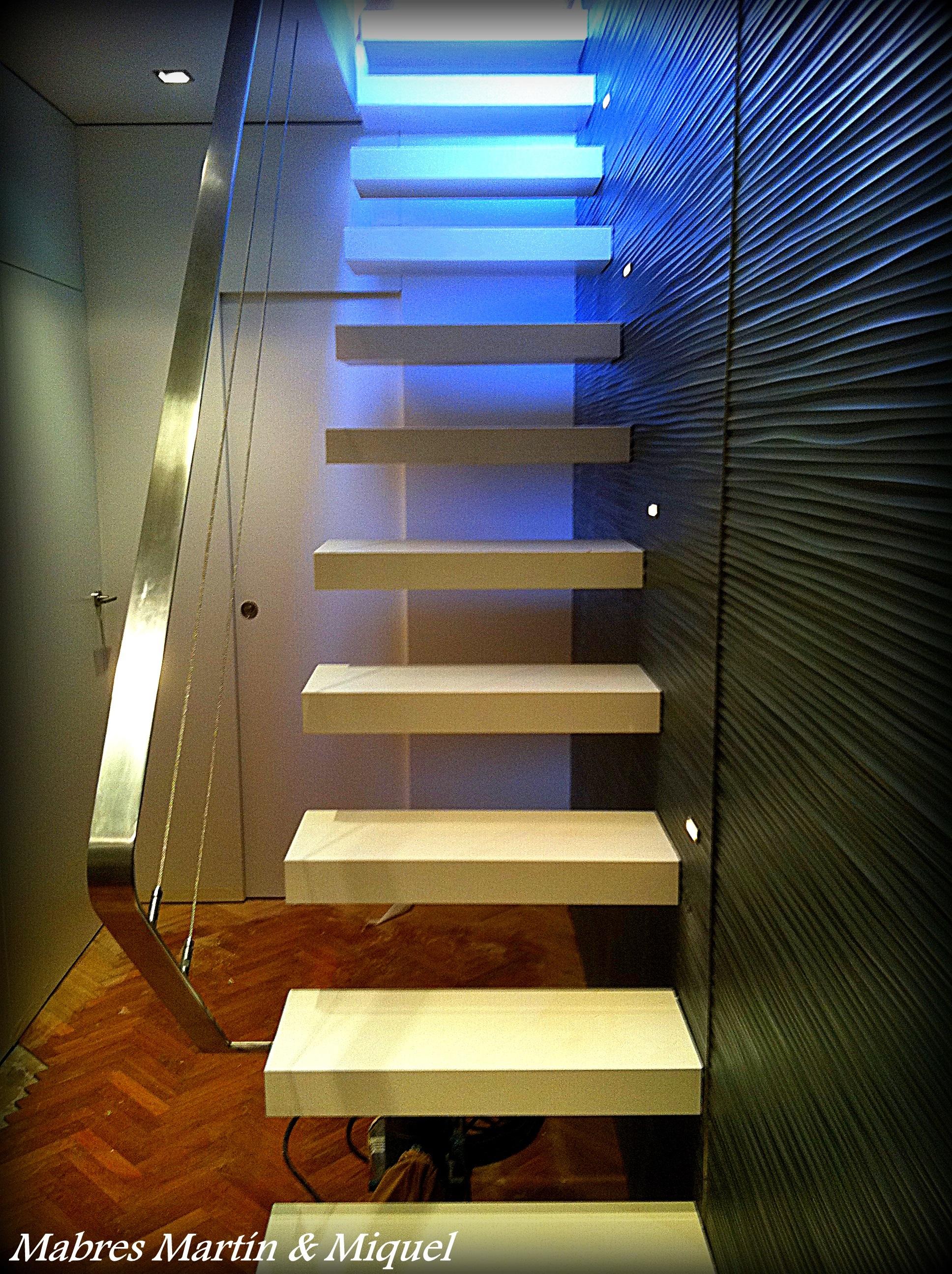 Marbres mart n miquel escaleras de m rmol - Marmol para escaleras ...