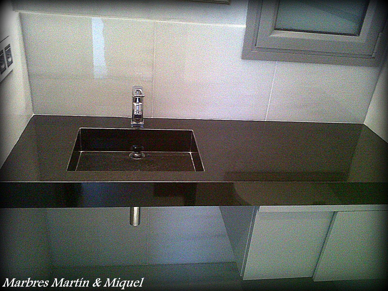 Lavabos de marmol construccin lavabo marrn chenille for Lavabos de marmol y granito